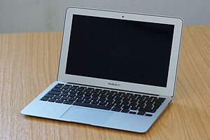 11.6-_MacBook_Air_(1)